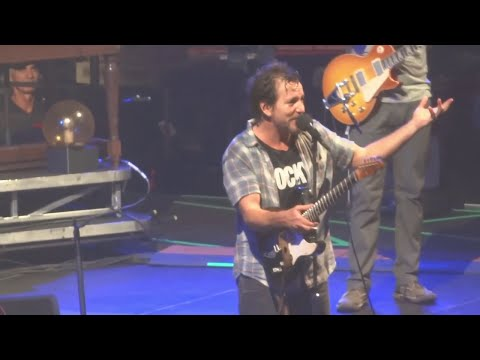 Pearl Jam 10-21-2013 Philadelphia Pa Full Show Multicam SBD Blu-Ray