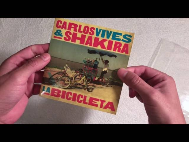 Unboxing   Carlos Vives & Shakira - La Bicicleta (CD Single)