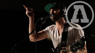 shakey graves to cure what ails audiotree live 2 of 4