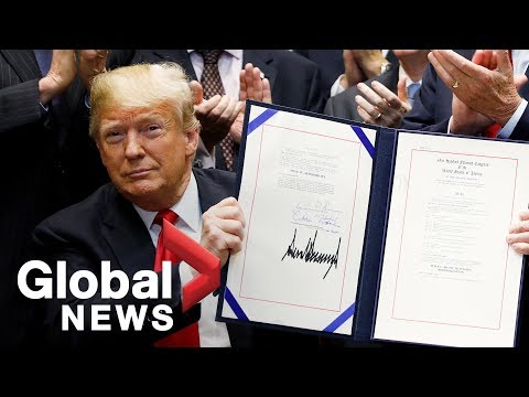 Music icons join Trump in signing of Music Modernization Act Mp3
