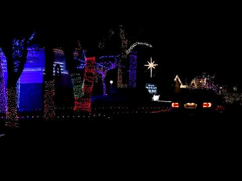 Synchronized Christmas light display in Oklahoma City (2013-12-23)