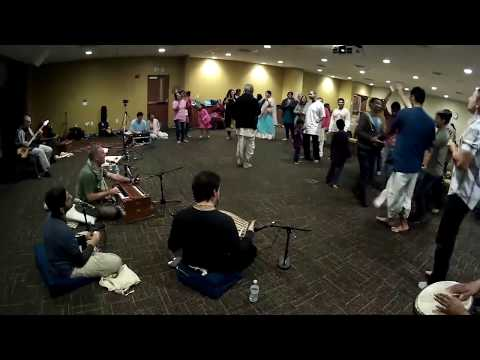 Bada Haridas Prabhu Chants Hare Krishna at End of USF Campus Kirtan