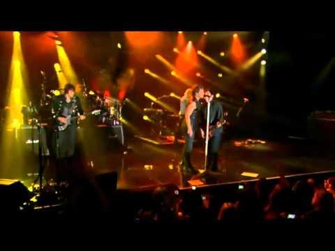 Bon Jovi - Bad Medicine-Pretty Woman-Shout (NY, 10-NOV-2010)