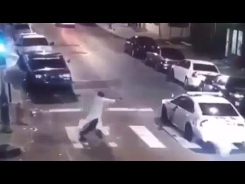 Suspect in ambush of Philadelphia cop in custody