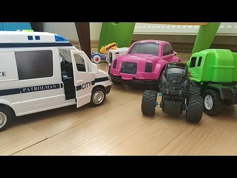 İkizlerin Karton Kutularla Otopark Oyunu ve Oyuncak Arabalarla Oyunu