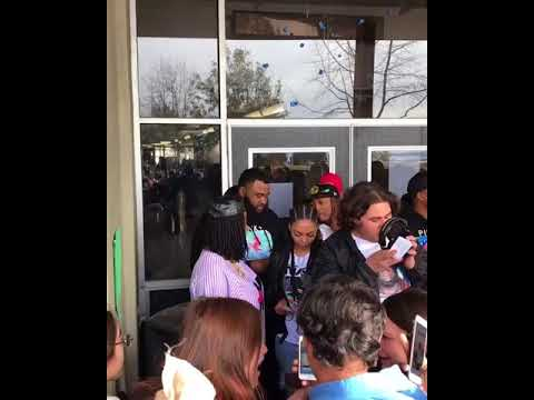 Oakland Rapper Kamaiyah takes Hayward High School Students to watch the Black Panther Movie