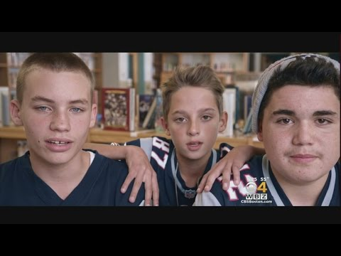 Young Patriots Fans Steal The Show Ahead Of Thursday Night Football