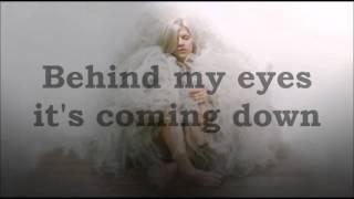 AURORA - Lucky (lyrics)