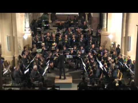 Ross roy par l 39 harmonie de vic le comte youtube for Piscine vic le comte