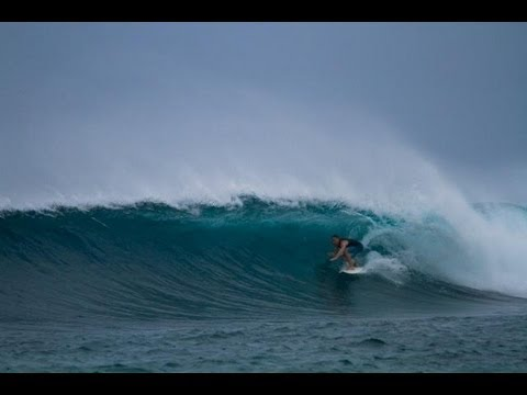 The Perfect Wave Legends Trips: Surf coaching trip with Barton Lynch in Maldives