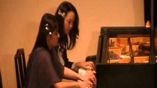 2009年12月26日に行われた「ピアノ&クリスマスコンサート」で演奏しま...