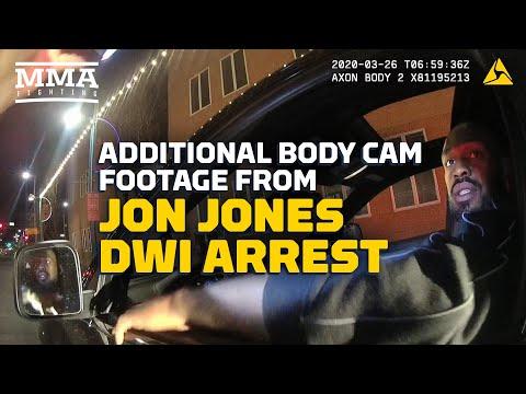new-bodycam-footage-of-jon-jones-dwi-arrest-shows-gun,-recuerdo-found-in-car---mma-fighting