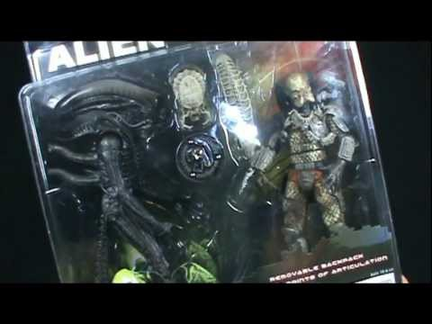 Toy Spot Neca Alien Vs Predator Toys R Us Exclusive 2 Pack Youtube