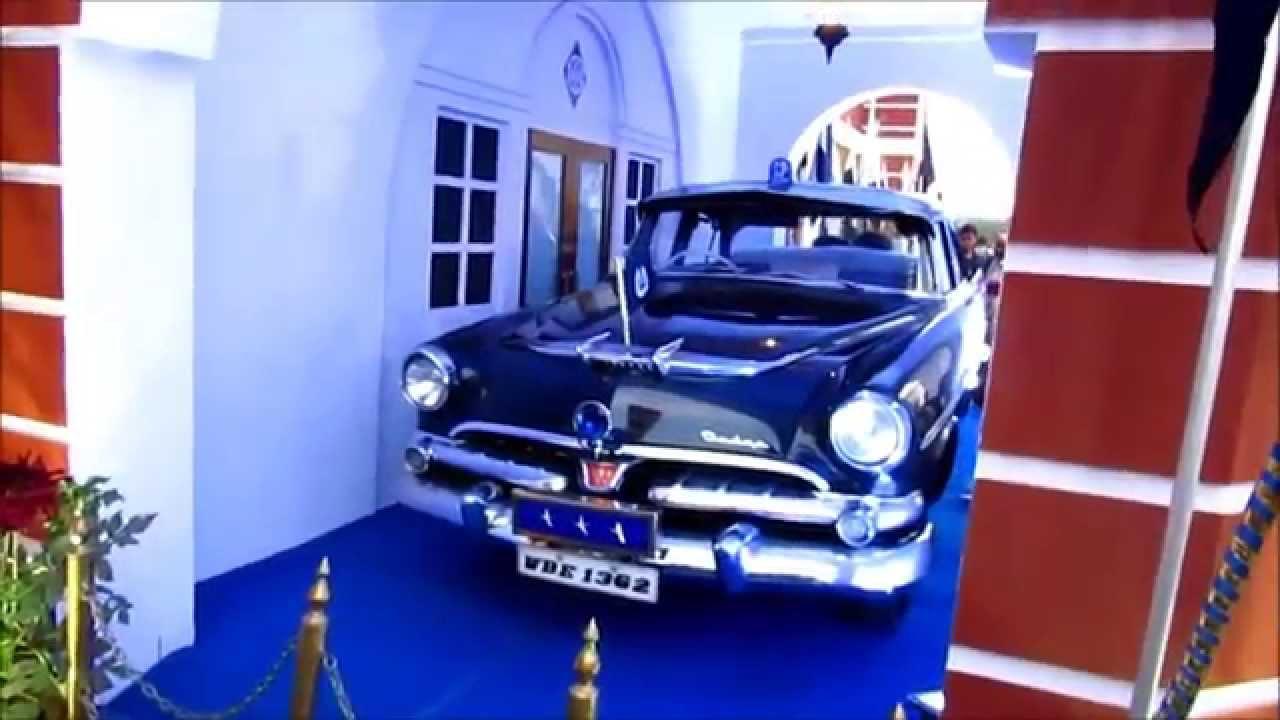 KOLKATA BOOK FAIR 2015 VINTAGE CAR OF KOLKATA POLICE VID 20 - YouTube