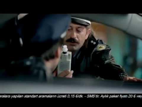 Cem Yılmaz'dan Yep Yeni Reklam Türkiye'ye Kesin Dönüş
