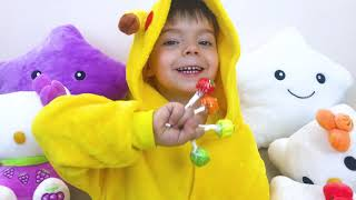 Nikki 로 색상을 인식하는 방법 배우기 🍭 | 어린이 교육