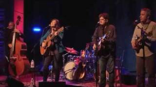 Watch Suzy Bogguss Red River Valley video