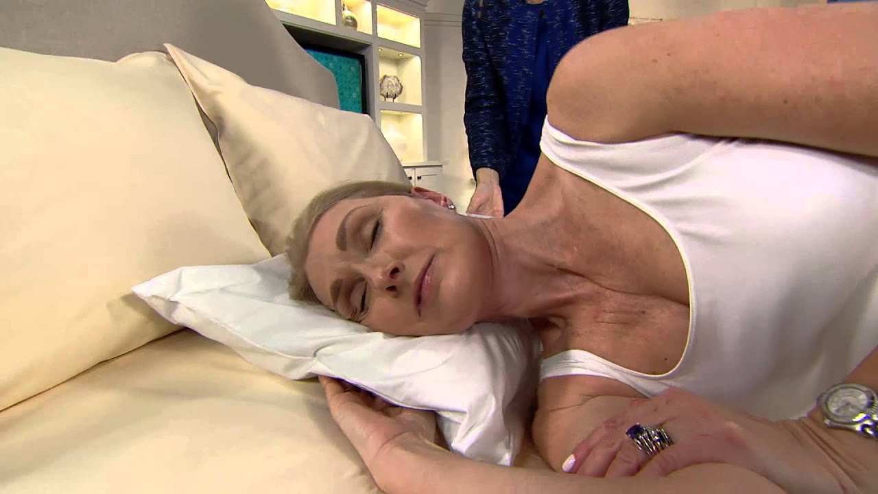 juverest the sleep wrinkle pillow with removable pillow case with jayne brown