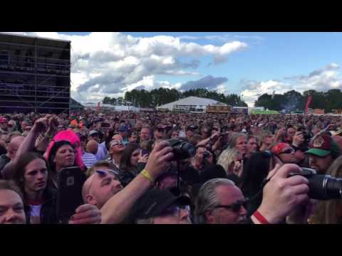 Lita Ford Close Your Eyes Forever Live At Sweden Rock 2016
