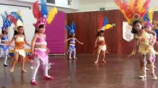 Gabriela bailando Samba Magdalena