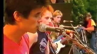 Doe Maar - Zoek Het Zelf Maar Uit (Pinkpop 1983)