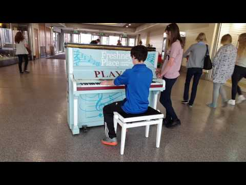 Young Piano Player, Freshney Place, Grimsby August 2017