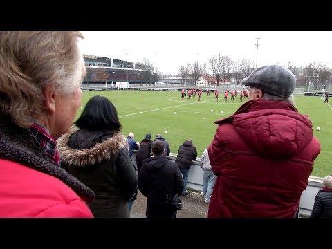 Skeptische VfB-Fans schweigen bei Tayfun Korkuts Einstand | SPORT1