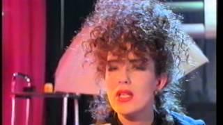 Scarlet Fantastic - Plug Me In (To the Central Love Line)