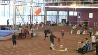 Новогодний чемпионат по лёгкой атлетике.(Богданов крут- он выиграл!А интересный момент этого видео это, противостояние двух Евгениев: Чехонин и Шарм..., 2010-12-30T19:59:03.000Z)