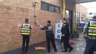 cwsp shmira removes anti semitic graffiti in boro park