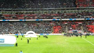 Manchester City v Sunderland Capital One Cup 2nd March 2014 - lifting the trophy