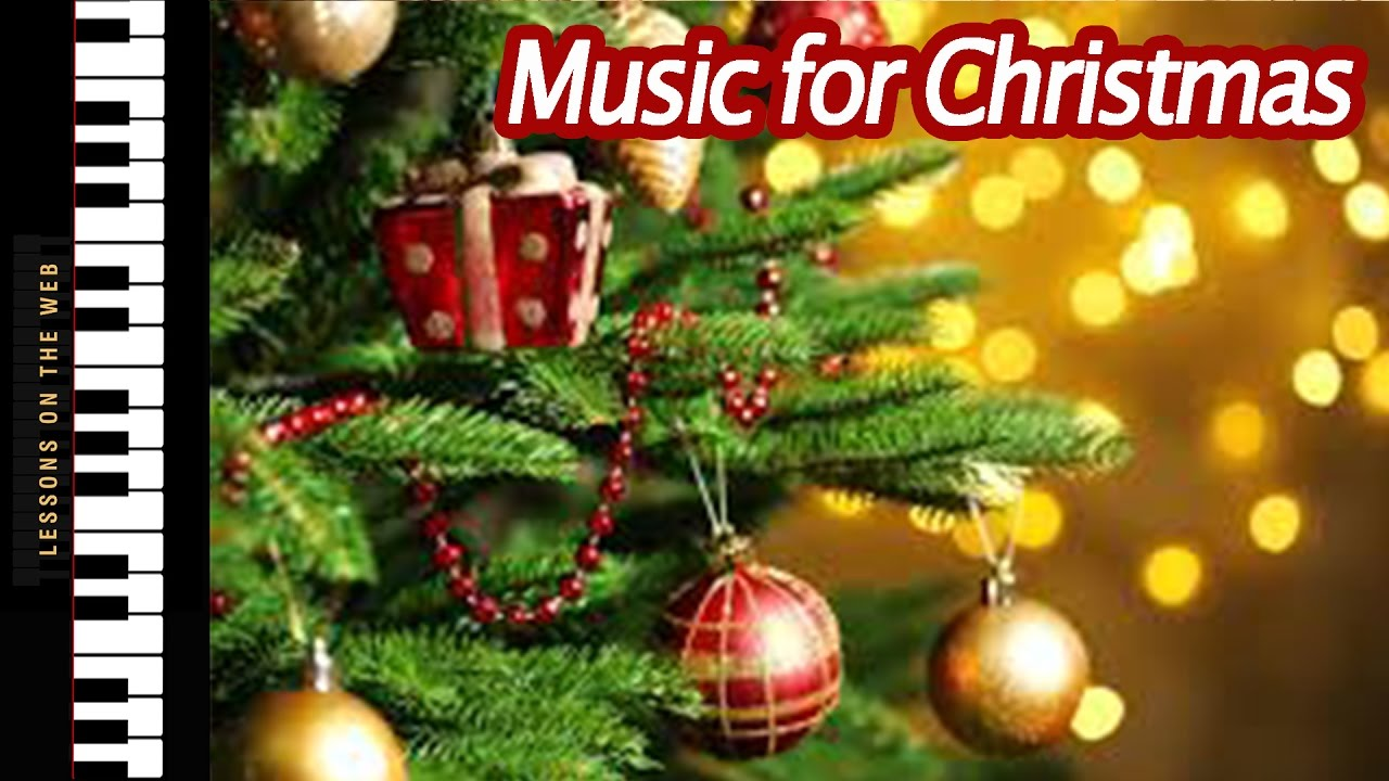 Easy Christmas Songs You Can Learn on The Piano Before the Holiday