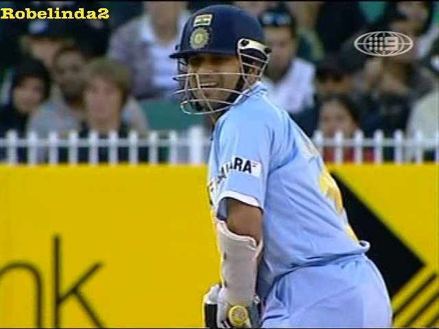 Sachin's famous reply to Brett Lee - Channel 9 commentary- 4,4,0,4 - MCG 2008