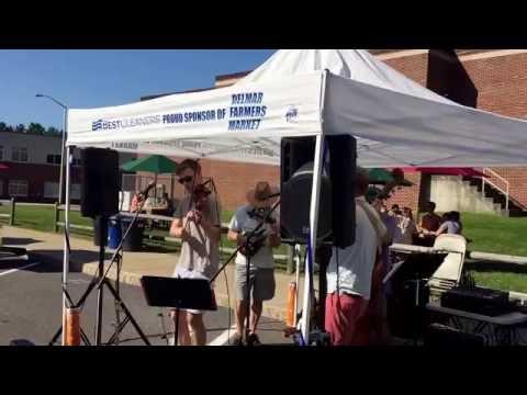 Blind Crow Band featuring fiddler Ryan Delaney