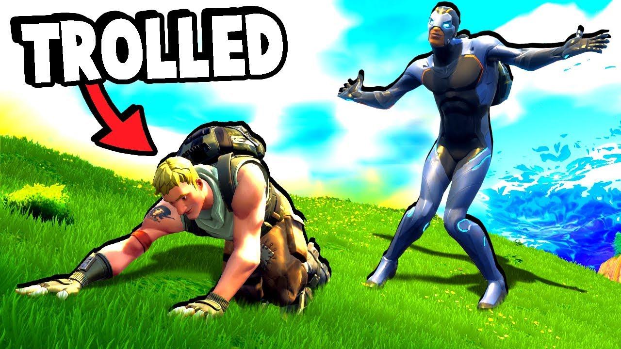 THE DEFAULT SKIN BULLY - Fortnite Battle Royale Funny Moments