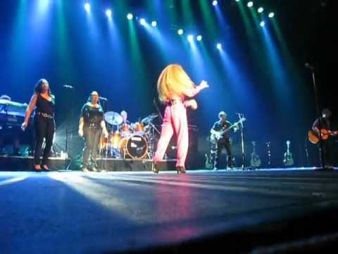 "Amanda Marshall - ""Let It Rain"" live at Casino Rama May 5, 2012"