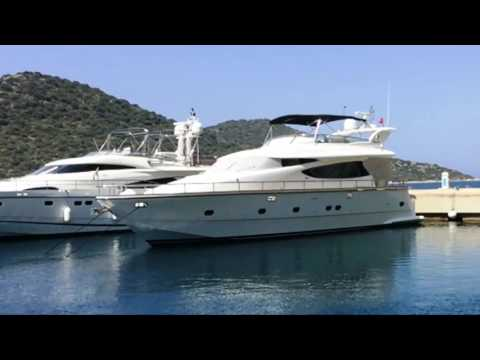 For Sale: Horizon Yachts ELEGANCE 64 Flybridge Motorcruiser, 550000 Euros.