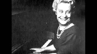 "JEANNE-MARIE DARRE plays MOZART Variations K 264 ""Lison dormait"" (1956)"