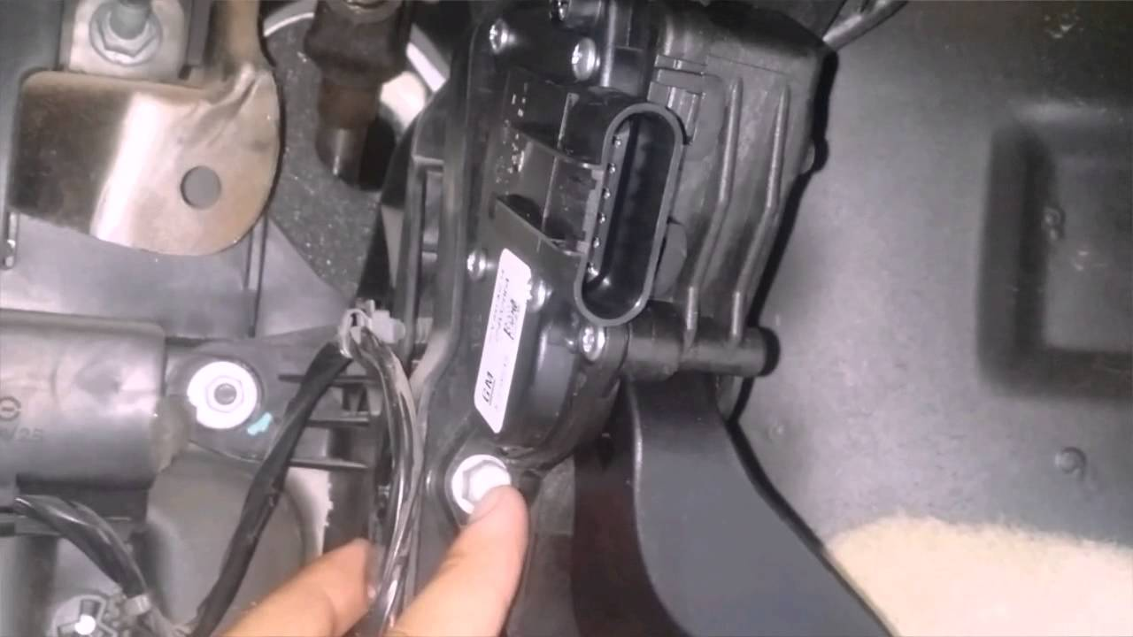 How To Replace Accelerator Pedal Position Sensor Yukon