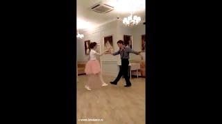 Свадебный танец в стиле рок-н-ролл! Молодожены жгут!