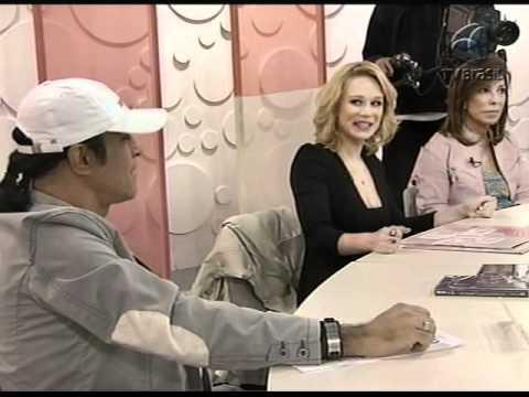 Elymar Santos e Mariana Ximenes- Sem Censura (15/12/2011)
