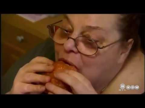 YouTube Kacke: Annegret mag Sohn zum Frühstück | Die Kotfügel