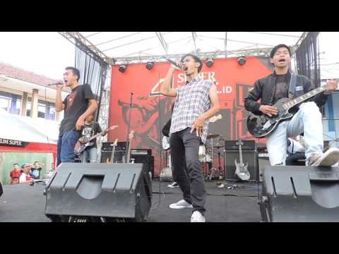 LC Band - Viva Jamers ( JAMRUD Cover ) Live