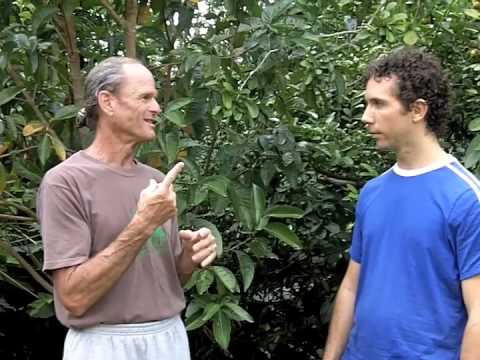 Interview with Dr Doug Graham 80/10/10 Diet Pt 1 (Raw Vegan