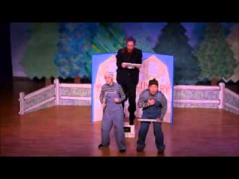 """Opera """"The Three Little PIgs"""" with music from Maozart's opera"""