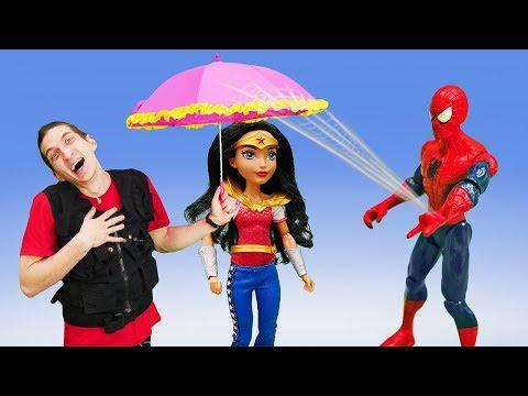 Смешное видео онлайн - Чудо Женщина и Артём вместе? – Игры для мальчиков на Фабрике Героев.