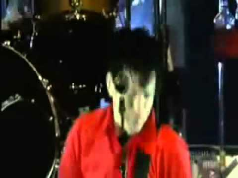 Sum 41 - No Reason [Live]