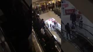 Video Keseruan para fans menyambut Noah tampil di acara salam ramdhan @cibinong city mall download MP3, 3GP, MP4, WEBM, AVI, FLV Oktober 2018