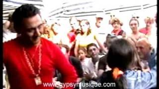"""Les Vagues 2004 - Famille Baliardo et Bissiere """"La Rumba"""""""