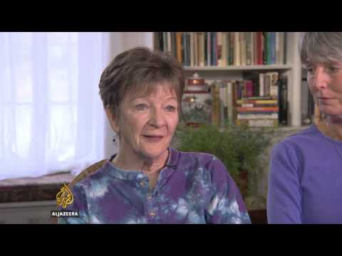 Baby Boomers Return To Communal Living